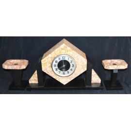 Orologio trittico decó di marmo.