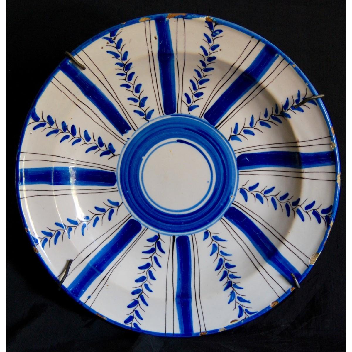 Plato cerámica del siglo XIX, Manises (Valencia)
