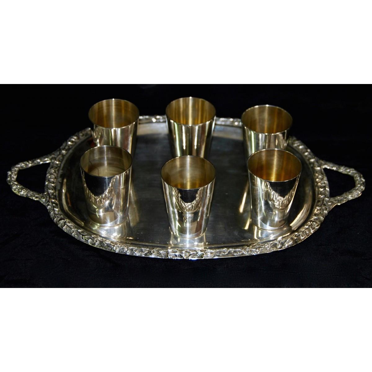 Bandeja con seis vasos de plata, principio del siglo XX