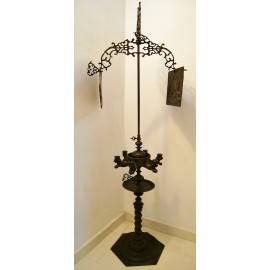 Large and rare oil bronze lamp