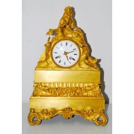 Pendola da tavola di bronzo dorato dell'800