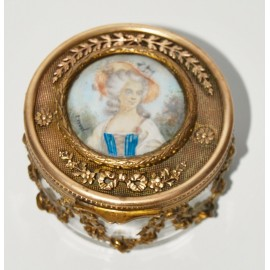 Caja de cristal y bronce con miniatura del siglo XIX