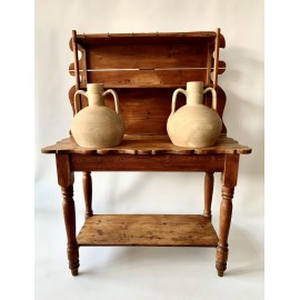 Rustic furnitur for water jars, final 19th