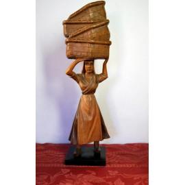 Campesina, talla de finales del siglo XIX.