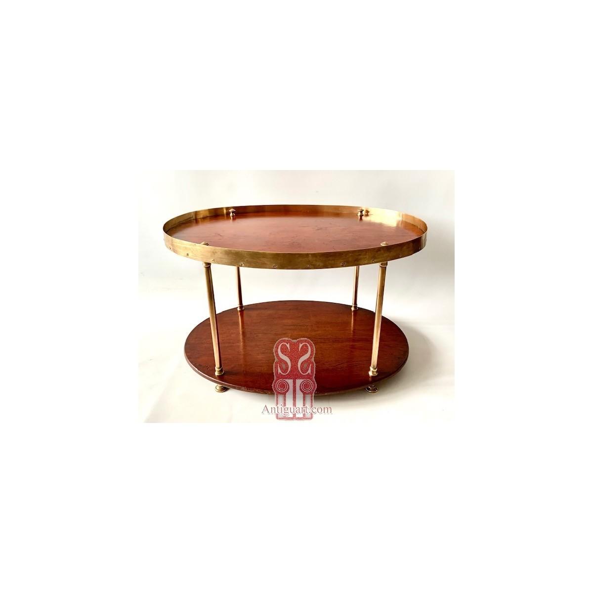 Tavolino ovale dell'inizio del 900