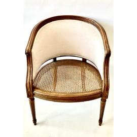 Poltroncina, sedia a pozzetto della prima metà del 900