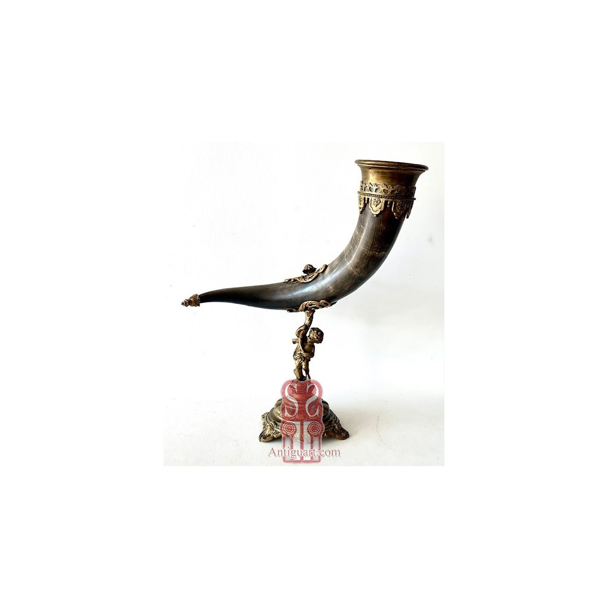 Cornucopia in horn and bronze, 19th