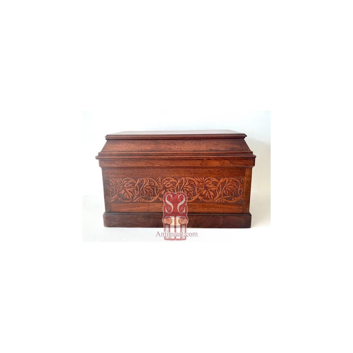 Mahogany jewelry box, early 20th