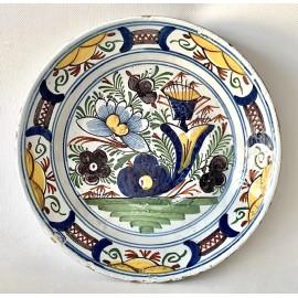 Piatto di ceramica di Delft del 700