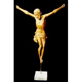 Cristo intagliato del XVIII secolo.
