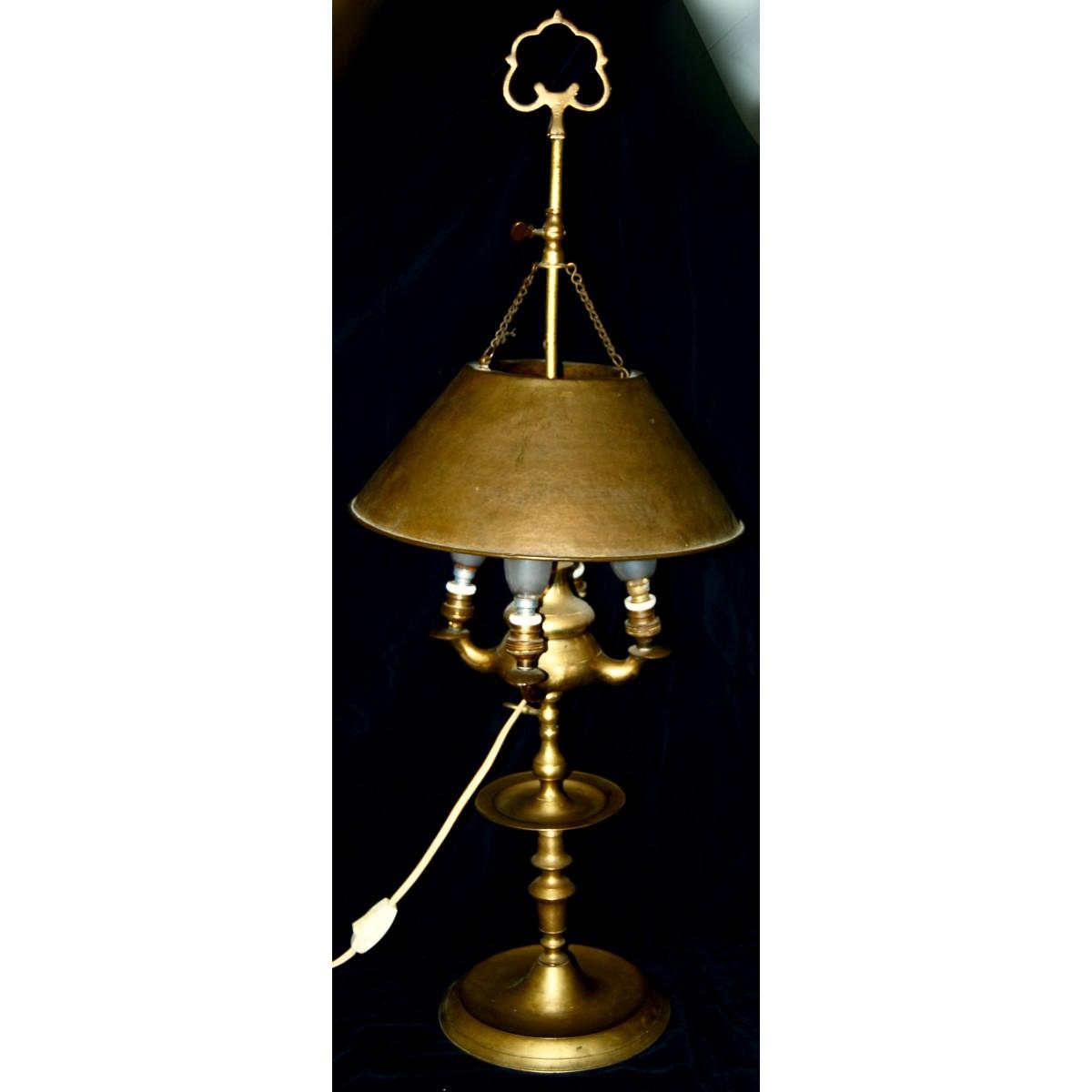Lampara de aceite de bronce, siglo XIX.