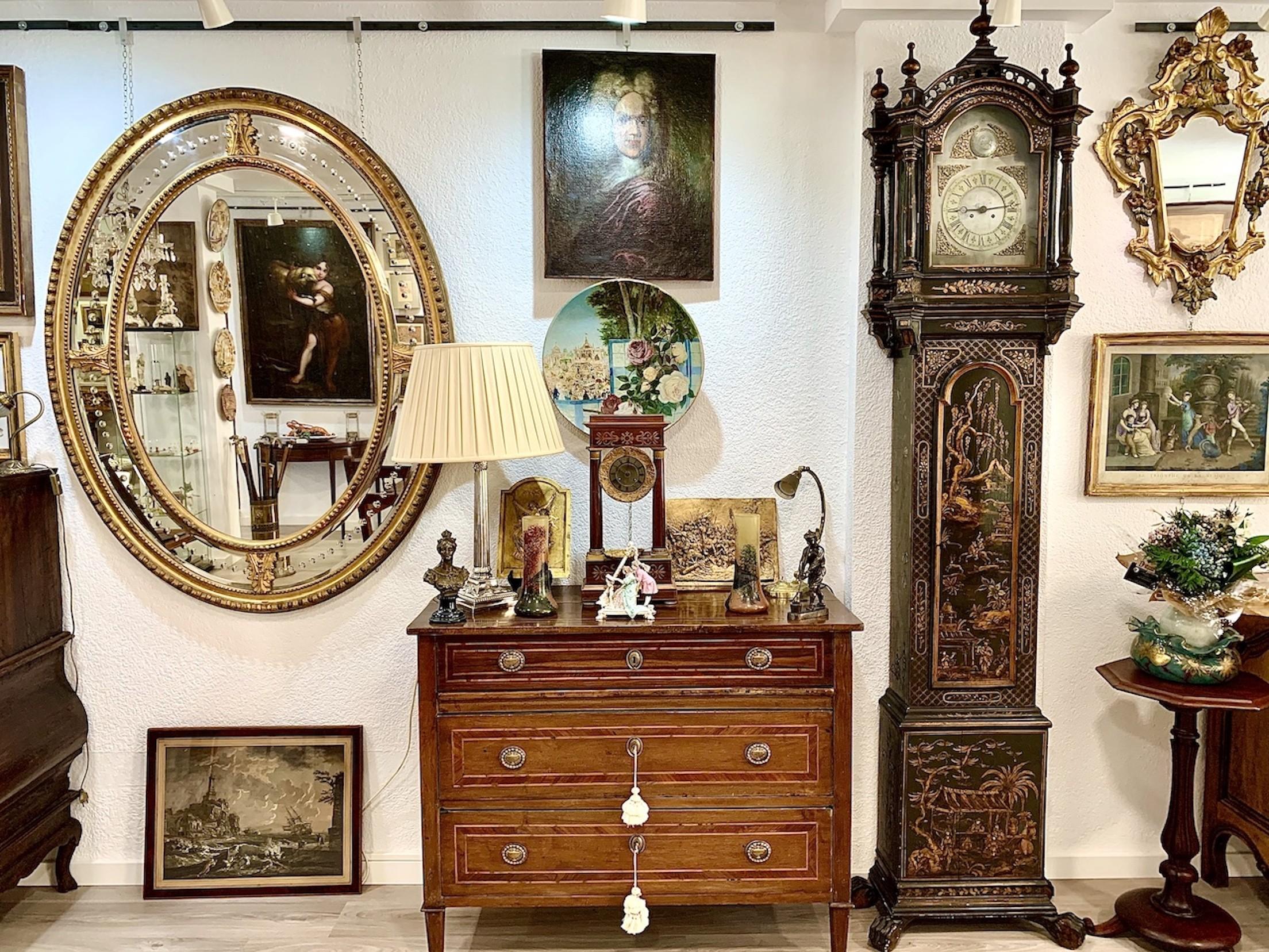 ANTIGUART antiquariato e decorazione
